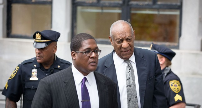 Actor and comedian Bill Cosby arrives for the sixth day of jury deliberations in Cosby's sexual assault trial at the Montgomery County Courthouse on June 17, 2017 (AFP Photo)