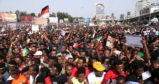 اثيوبيا.. 4 قتلى بانفجار استهدف تجمعاً بأديس أبابا حضره رئيس الوزراء
