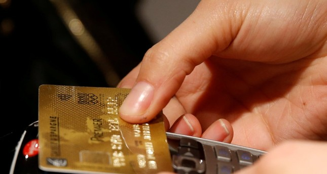 Cashless society getting closer as 42 percent of Turks prefer it