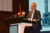 Izmir Mayor Kocaoğlu says won't run in local elections, urges change in CHP