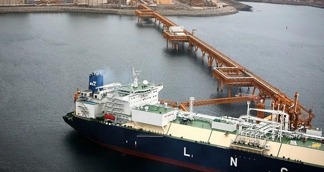 Qatar, Shell sign LNG bunkering deal amid Gulf rift