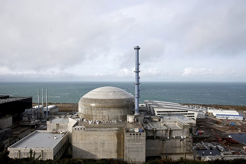 General view of the construction site of the third-generation European Pressurised Water nuclear reactor (EPR) in Flamanville, France, November 16, 2016 (Reuters File Photo)