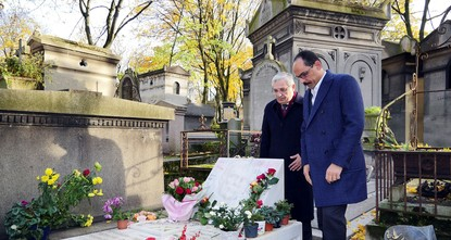 pPresidential Spokesman İbrahim Kalın paid a visit Sunday to the grave of prominent singer Ahmet Kaya in Paris' Pere Lachaise Cemetery, remarking that the artist was one of the most talented in...