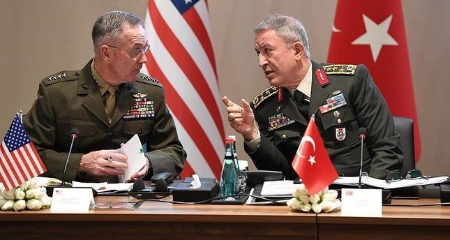 رئيسا الأركان التركي والأمريكي يبحثان ملف منطقة منبج في العاصمة البولندية