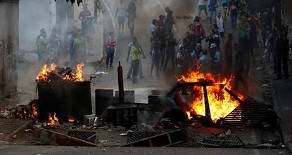 Venezuela arrests 27 soldiers for staging uprising