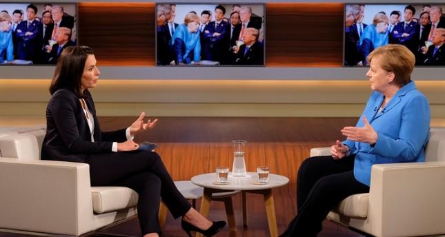 المستشارة الألمانية أنجيلا ميركل  في مقابلة مع قناة ARD