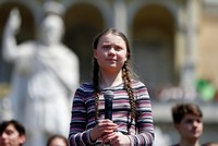 Fridays For Future: Thousands join teen climate activist Greta Thunberg in Rome