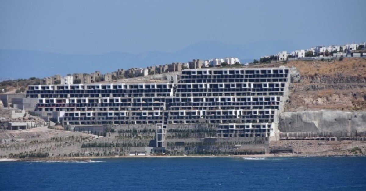 The Bo Viera hotel and apartment complex project in Bodrum is among the sites where construction was ordered to be stopped for violations of construction permits.