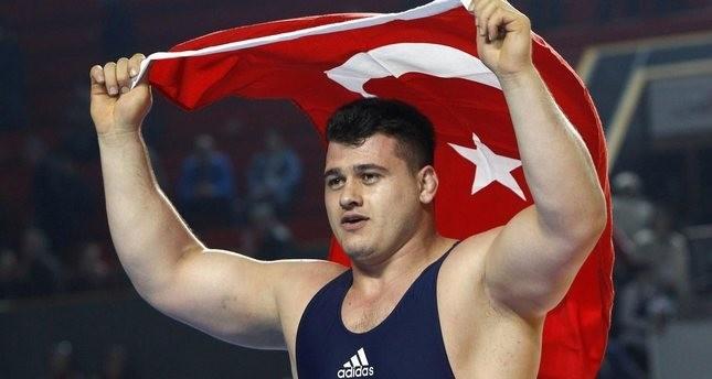 المصارع التركي قايا ألب يهدي بلاده ثاني فضية بأولمبياد ريو