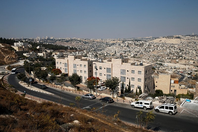 A general view shows Nof Zion, a Jewish settler enclave (foreground) located in the heart of the Palestinian neighbourhood of Jabel Mukaber, in East Jerusalem October 25, 2017. (Reuters Photo)