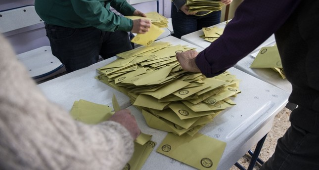 AK Party seeks total recount of votes in Istanbul