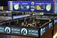 بعد تسجيل بورصة إسطنبول أرقاما قياسية في تاريخها ووصول مؤشرها المئوي (BIST 100) إلى 115.000 نقطة خلال العام الحالي، يتوقع أن تواصل الصعود خلال 2018 أيضا.  وواصل المؤشر المئوي ارتفاعه على مدار...