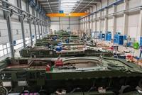 Die Bundesregierung hat nach Angaben des Wirtschaftsministeriums ihre Politik gegenüber neuen Rüstungsprojekten mit der Türkei geändert.