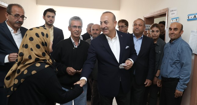 FM Çavuşoğlu says referendum outcome heralds 'new Turkey'