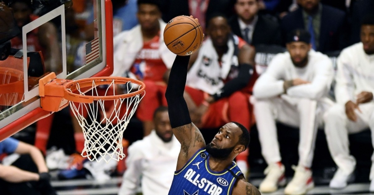 LeBron James dunks the ball in the third quarter against Team Giannis during the 69th NBA All-Star Game in Chicago, Feb. 16, 2020. (AFP Photo)