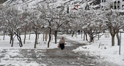 75 قتيلا جراء حوادث أعقبت تساقط الثلوج بكثافة في عدد من المقاطعات الباكستانية