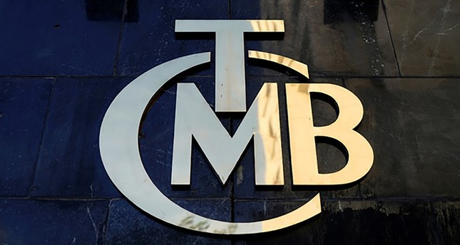 A logo of Turkey's Central Bank (CBRT - TCMB) is pictured at the entrance of the bank's headquarters in Ankara, Turkey April 19, 2015. (Reuters Photo)