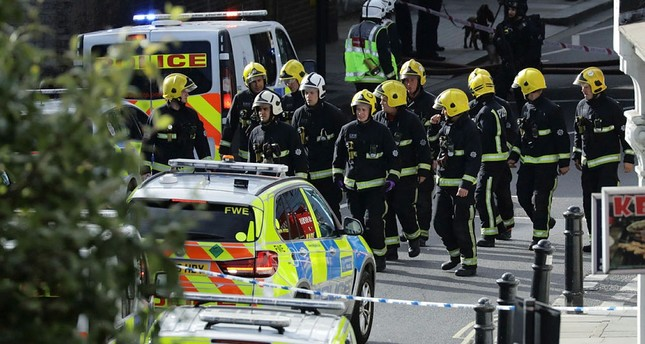 Members of the emergency services work near Parsons Green tube station in London, Britain September 15, 2017. (REUTERS Photo)