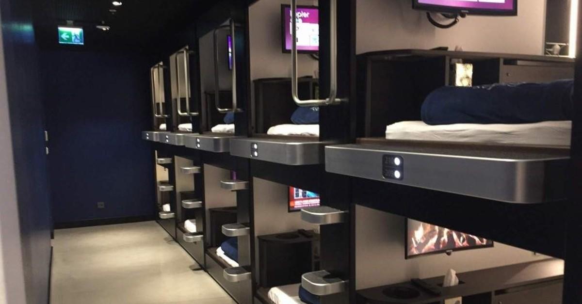 Passengers can rent sleeping pods at Sabiha Gu00f6ku00e7en Airport for 7 euros per hour. (DHA Photo)