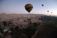 1 tourist killed, 12 injured after hot air balloon crashes near Egypt's ancient city of Luxor