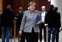 German Chancellor Angela Merkel pledged early Monday to maintain stability after the Free Democratic Party (FDP) pulled out of talks on forming a new government with her conservative bloc and the...