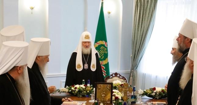 رئيس الكنيسة الروسية الأرثوذكسية مترأساً اجتماعا في موسكو من الأرشيف
