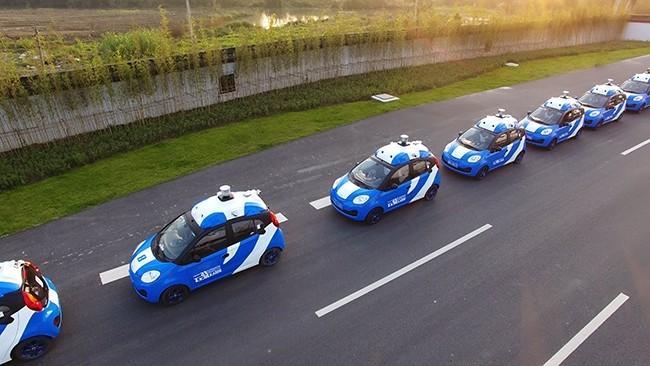 A fleet of vehicles equipped with Baiduu2019s autonomous driving technologies conduct road testing in Wuzhen, Zhejiang Province, China. (Photo courtesy of Baidu via Reuters)