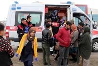 Laut türkischen Sicherheitskreisen sind am Dienstag mindestens 406 Flüchtlinge ohne Papiere bei der illegalen Ausreise in die EU gestoppt worden. Sicherheitskräfte sollen in der westlichen...