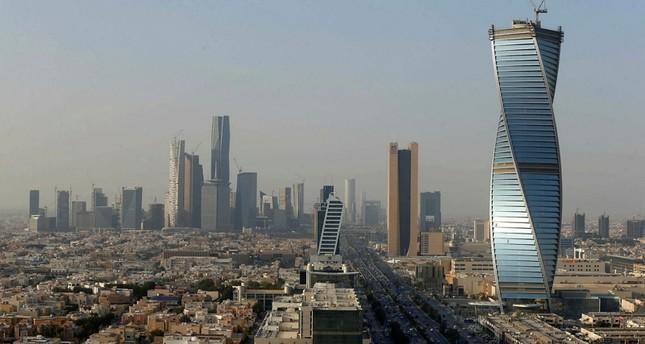 السعودية تبدأ تطبيق نظام غرين كارد للحصول على الإقامة المميزة