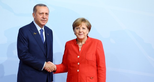 Erdoğan, Merkel discuss bilateral relations in phone call