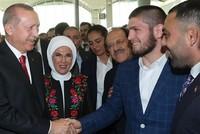 Нурмагомедов встретился с Эрдоганом на открытии аэропорта Стамбула