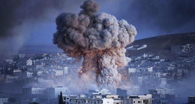 بينهم 19 طفلاً و12 امرأة.. 42 قتيلاً مدنياً في غارات جوية على الرقة