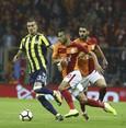 Fenerbahçe maintains unbeaten streak in derbies