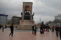تراجع أعداد السوريين المقيمين في إسطنبول بموجب الحماية المؤقتة