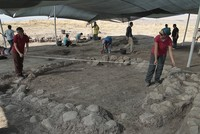 Traces showing the roots of the ancient Mesopotamian Sumer civilization have been discovered at an archaeological site in Turkey's southeastern Kahramanmaraş province, reports said...
