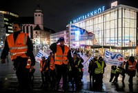Strike forces delays for German rail services