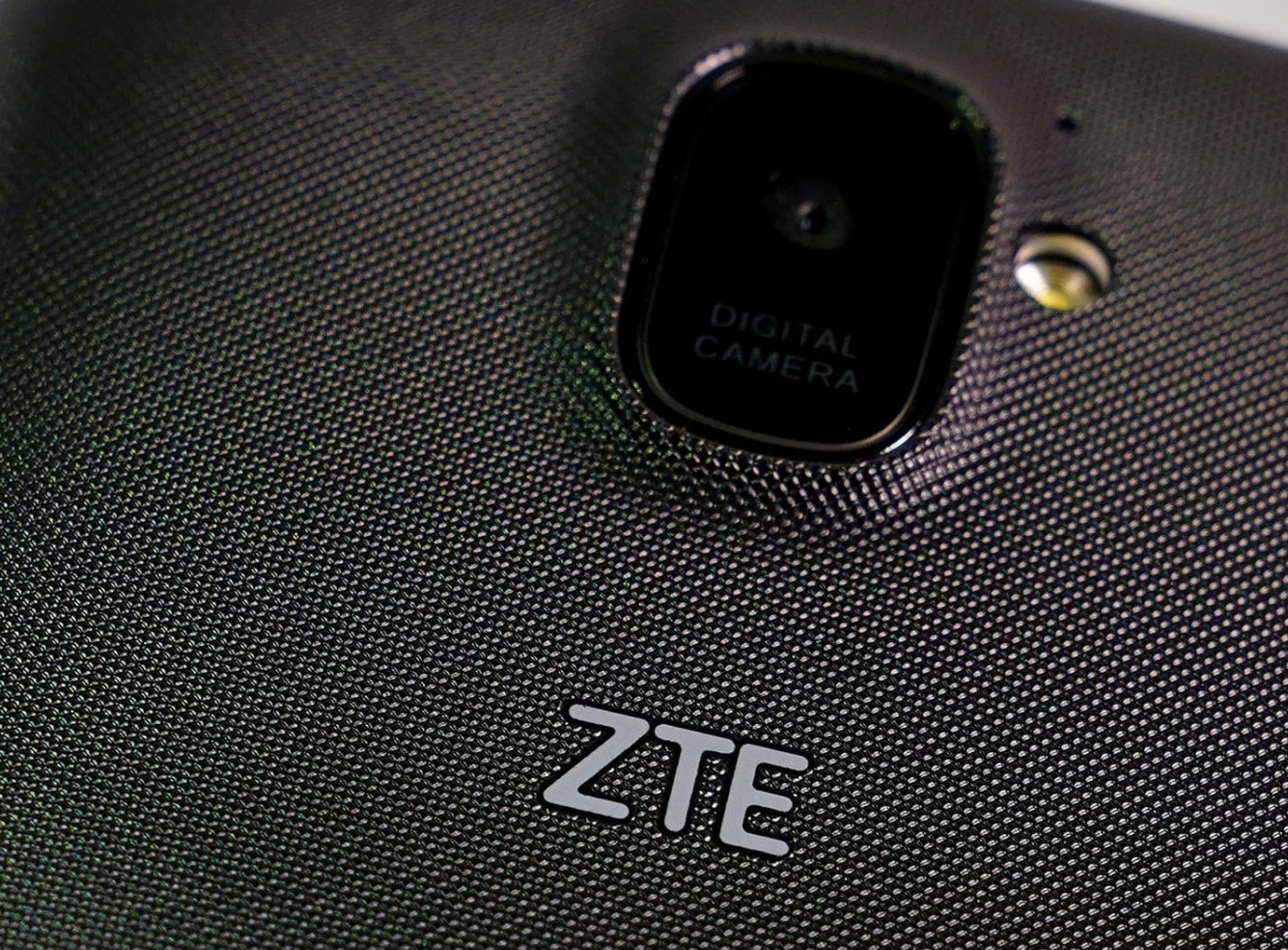 A ZTE smart phone is pictured in this illustration taken April 17, 2018. (Reuters Photo)