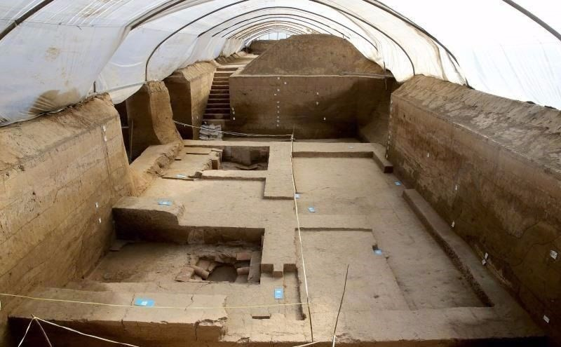 Chinese archeologists uncovered three 2,000-year-old luxury baths in the countryu2019s northwest city of Xi'an (Photo via China Daily)