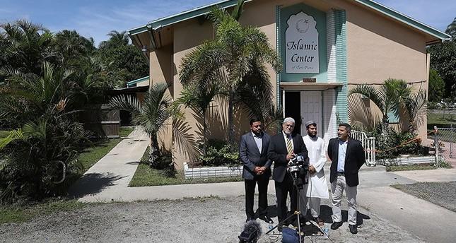 السلطات الأمريكية تلقي القبض على متهم بإضرام النار في مسجد بفلوريدا