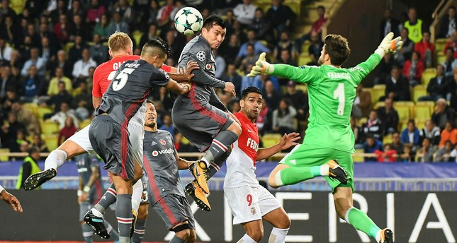 Beşiktaş remains leader in Champions League group G after defeating Monaco 2-1
