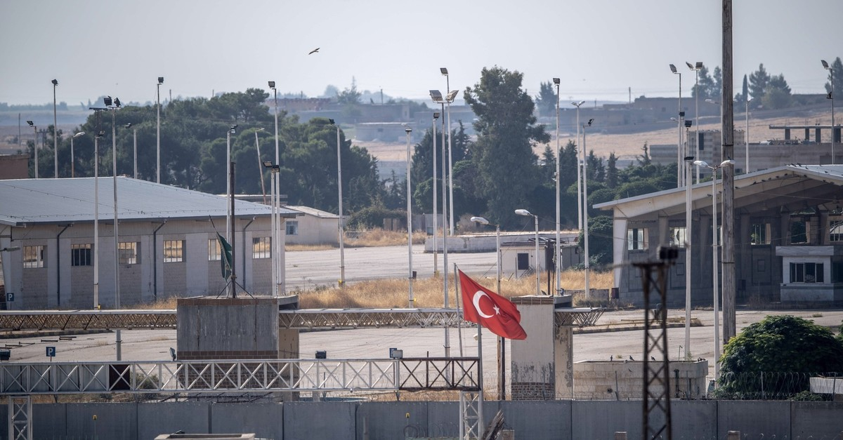 The gate between Turkey and Syria, located on the Turkish side of the border, u015eanlu0131urfa province, Oct. 8, 2019.