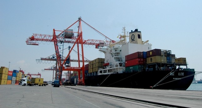 Turkish exporters consider China's restriction on imports of agricultural products from the U.S. and the latter's continuous trade war against the former an advantage to raise exports to both countries.
