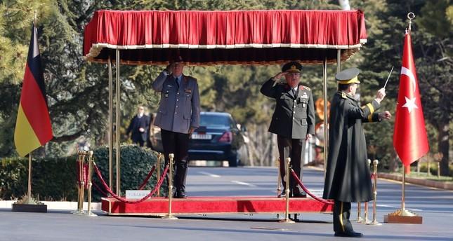رئيس الأركان التركي يلتقي نظيره الألماني في أنقرة