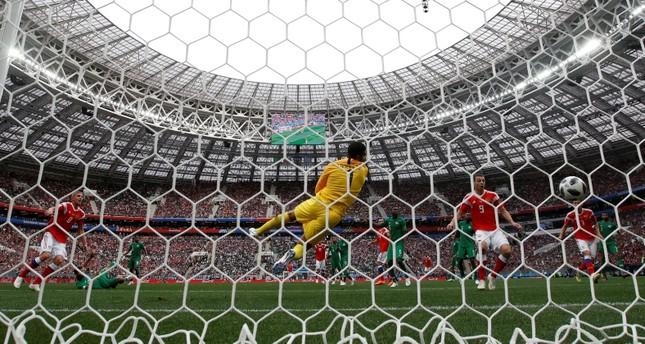 مونديال 2018: الروسي غازينسكي يسجل الهدف الأول في مرمى السعودية