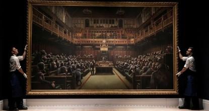لوحة البرلمان للفنان البريطاني بانكسي تباع بمبلغ 12.2 مليون دولار