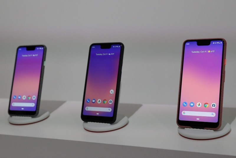 The Google Pixel 3 third generation smartphones are seen on display after a news conference in Manhattan, New York, U.S., October 9, 2018. (Reuters Photo)