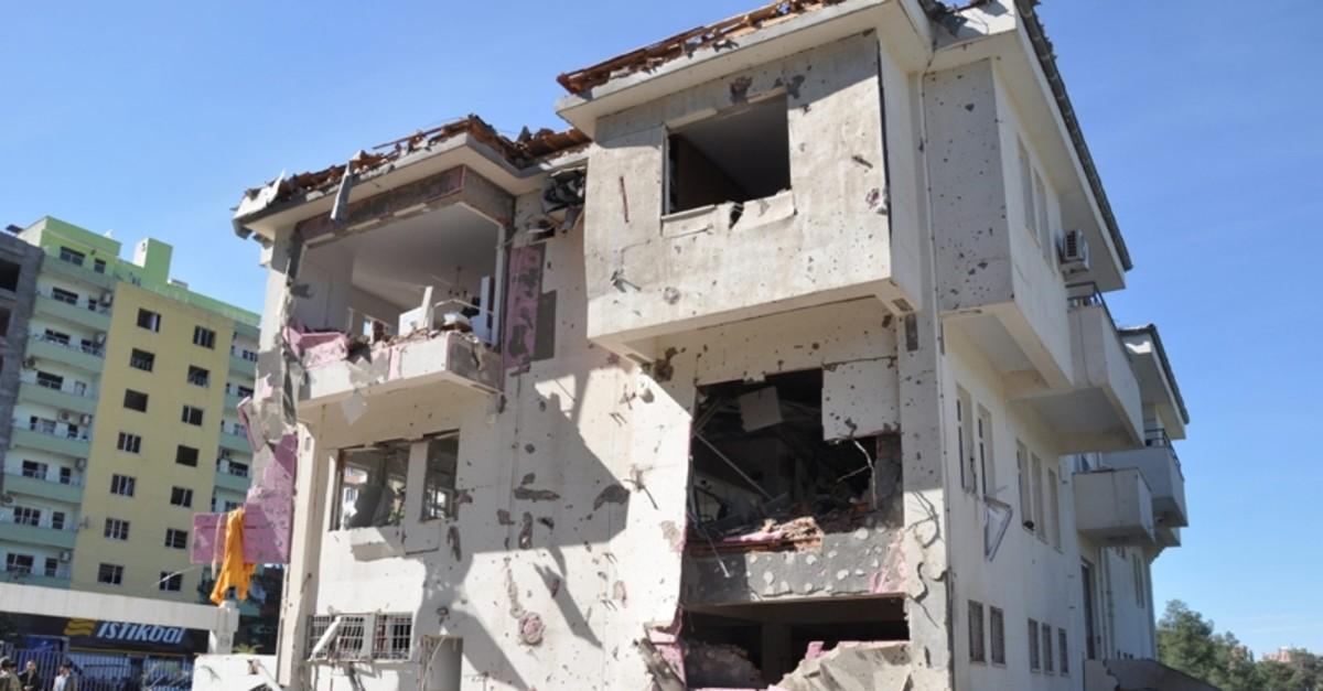 A building damaged in a car bombing by the PKK terror organization, in Ku0131zu0131ltepe, Mardin, April 2016. (Sabah File Photo)