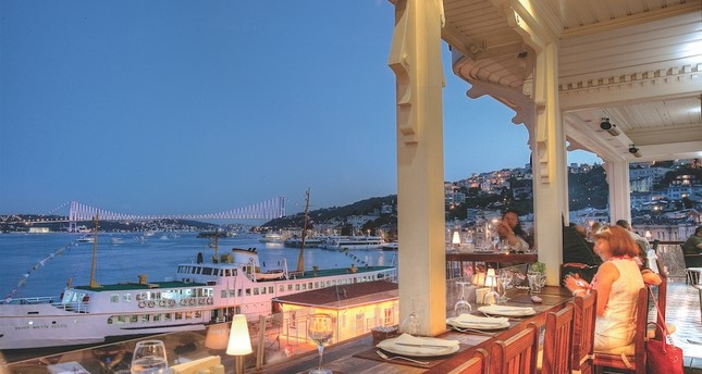 Sur Balık is one of the most iconic fish restaurants in the city. It also has locations in Ankara and Nevşehir.