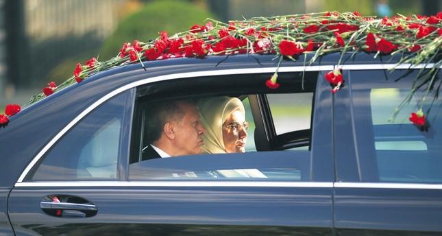 President Erdoğan (L) and his wife Emine Erdoğan arriving at the Presidential Complex, Ankara, July 9.