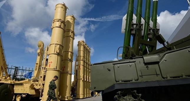 خبراء روس يعتبرون تسليم منظومة إس-300 رسالة لواشنطن قبل أن تكون لإسرائيل